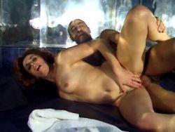 porno film mit handlung frau stöhnt laut